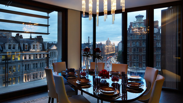 Inspiration For A Contemporary Dining Room Remodel In London