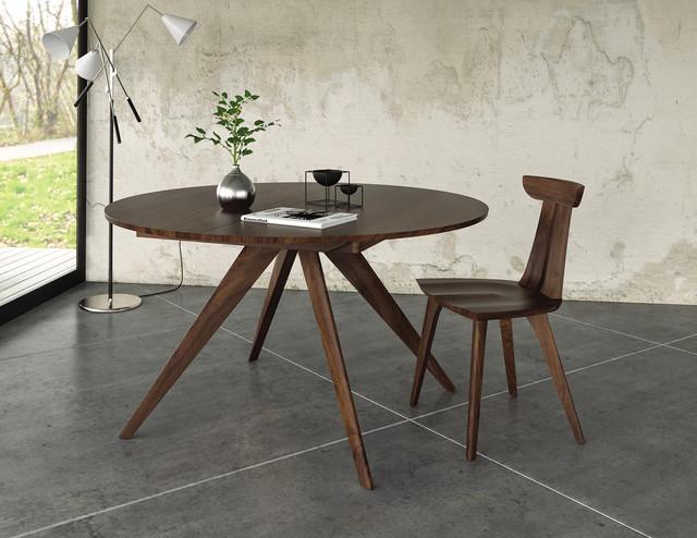 Copeland Catalina Walnut Round Extension Table
