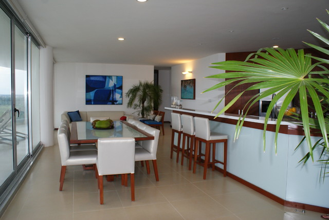 Coral Blu, penthouse contemporary-dining-room