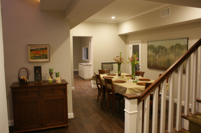 Cordero Road traditional-dining-room