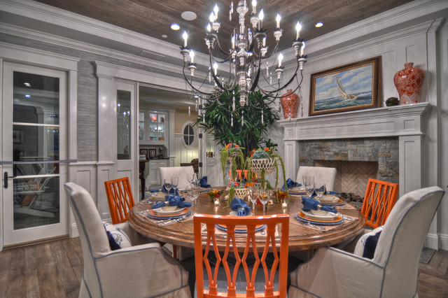Corona del Mar traditional dining room