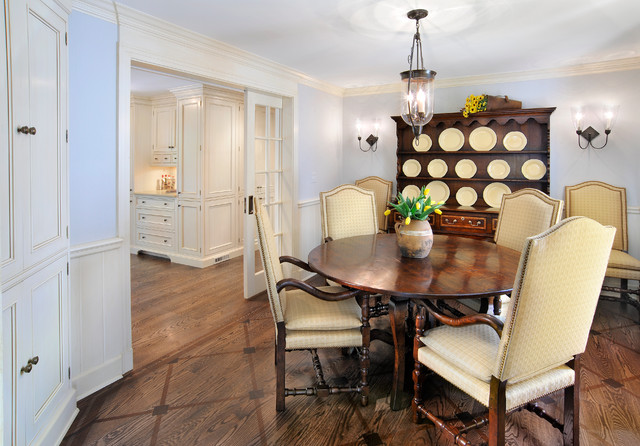 Country Estate traditional-dining-room