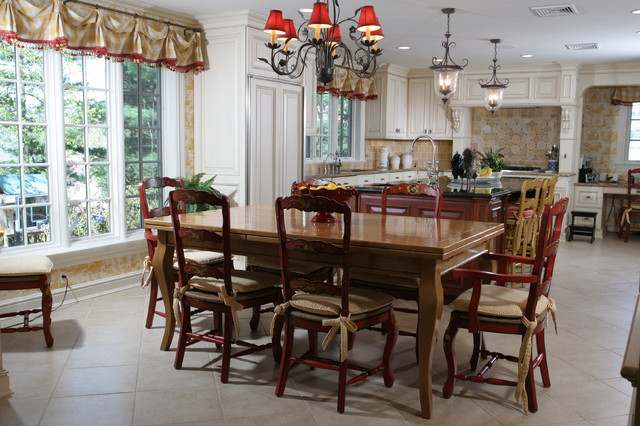Country Kitchen traditional dining room