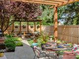 3 Gardens That Draw Inspiration From Favorite Getaways (9 photos)