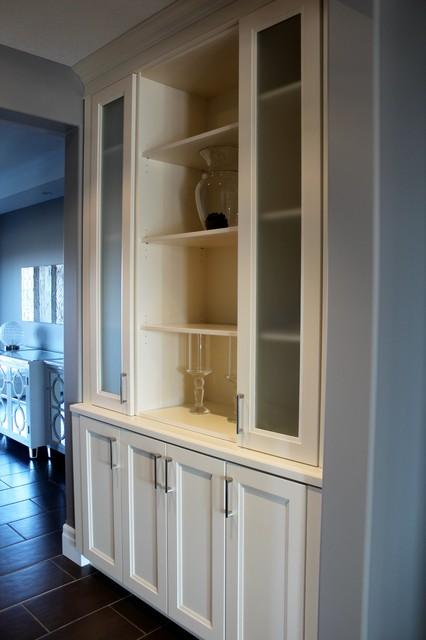 Custom Homes contemporary-dining-room