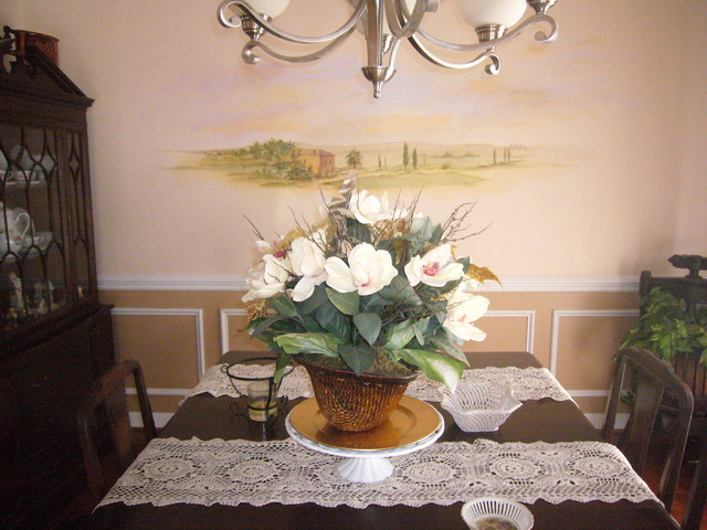 traditional dining room by Donna Frasca