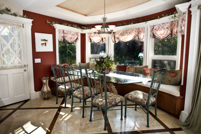 Dana Point traditional-dining-room