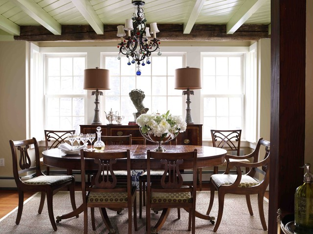Darien Residence traditional-dining-room