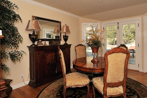 Debra Campbell Design traditional dining room