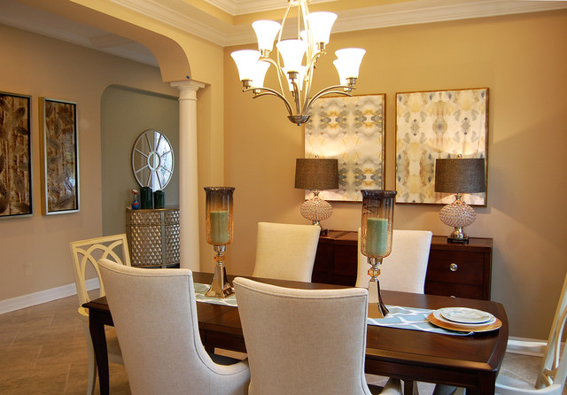 Charmant Example Of A Dining Room Design In Orlando