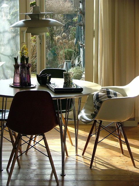 Dining area midcentury-dining-room