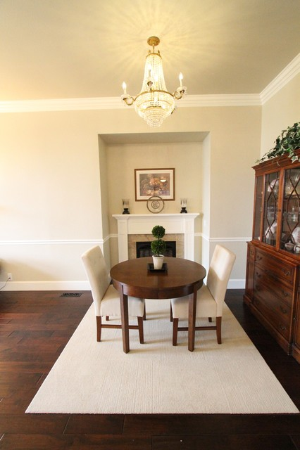 Dining areas by Aloha Home Builders contemporary-dining-room