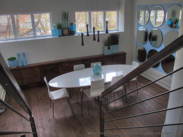 Dining in blue modern-dining-room