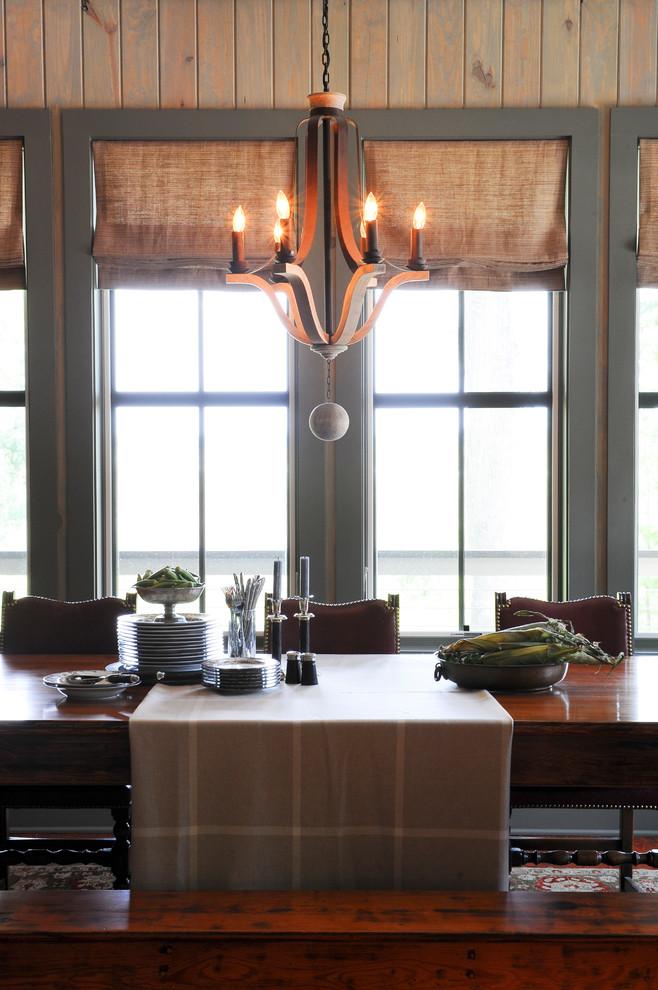 Eclectic medium tone wood floor kitchen/dining room combo photo in Atlanta with green walls