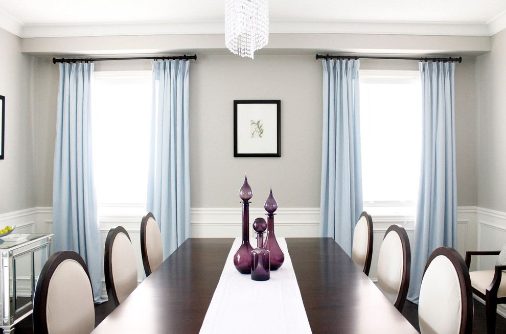 Example of a classic dining room design in Toronto