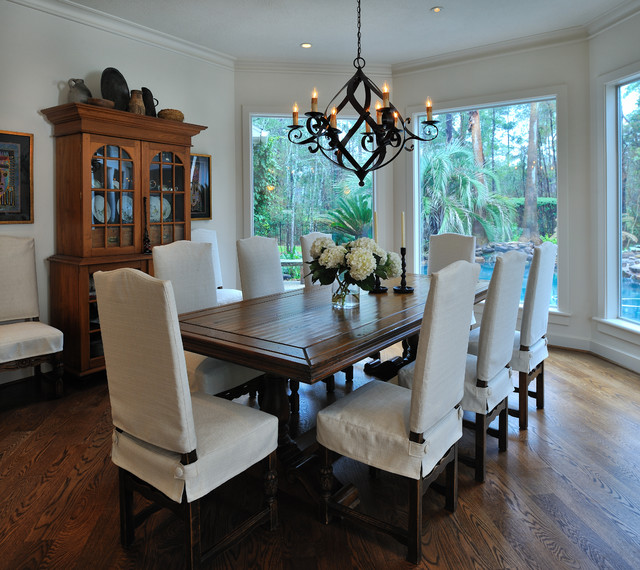 mediterranean dining room by Carla Aston | Interior Designer