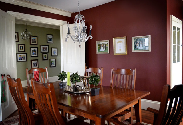 traditional dining room by Colleen Steixner