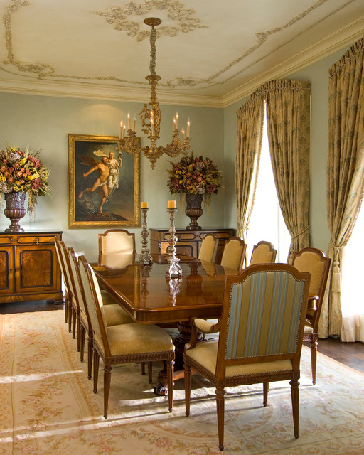 Mediterranean Style Dining Room Sets: Dining Room