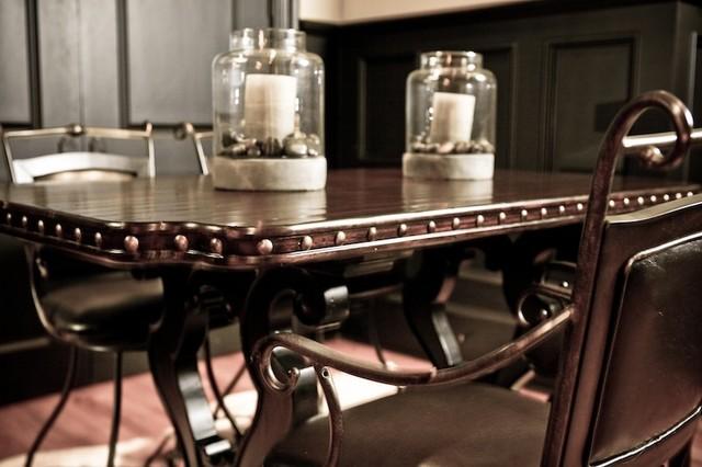 Dining room furniture atlanta traditional dining room - Dining room tables atlanta ...