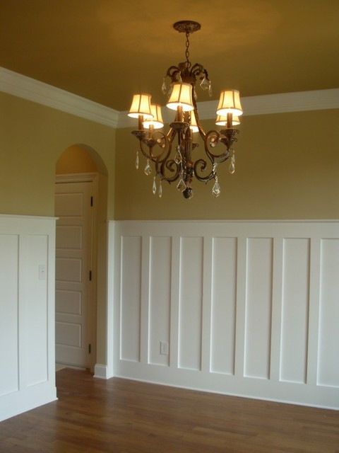 Dining room ideas traditional dining room by luxe for Dining room wainscoting ideas