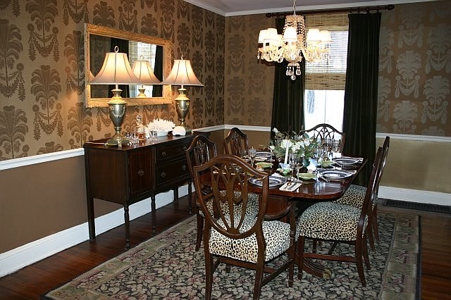Dining Room In Gold Wallpaper From Thibaut. Traditional Dining Room