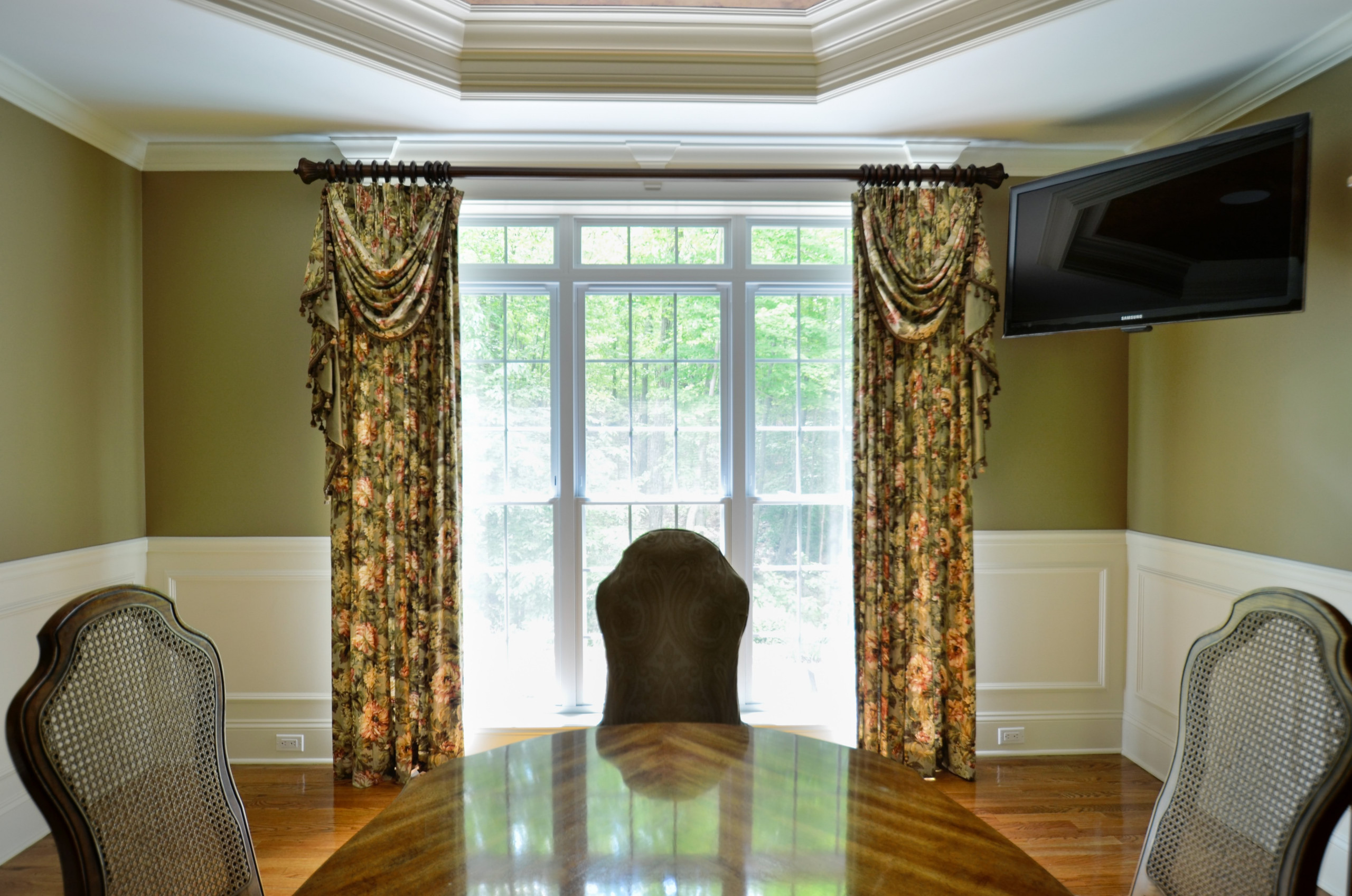 Dining Room Window with Panels, Swags and Jabots