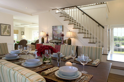Hedge Hill  dining room