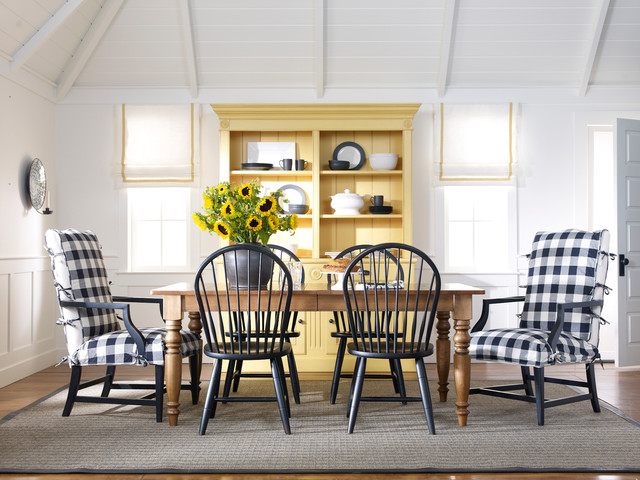 Dining Rooms - Farmhouse - Dining Room - New York - by Ethan Allen