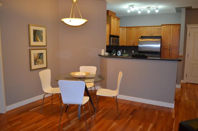 Discovery Ridge Condo contemporary-dining-room