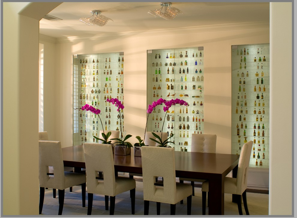 Trendy enclosed dining room photo in Los Angeles with beige walls
