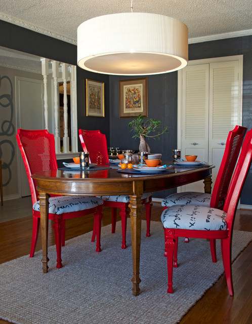 dining set makeover: paint and tea-tinted fabric make old chairs new