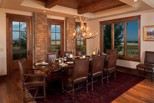 Dovetail Construction traditional-dining-room