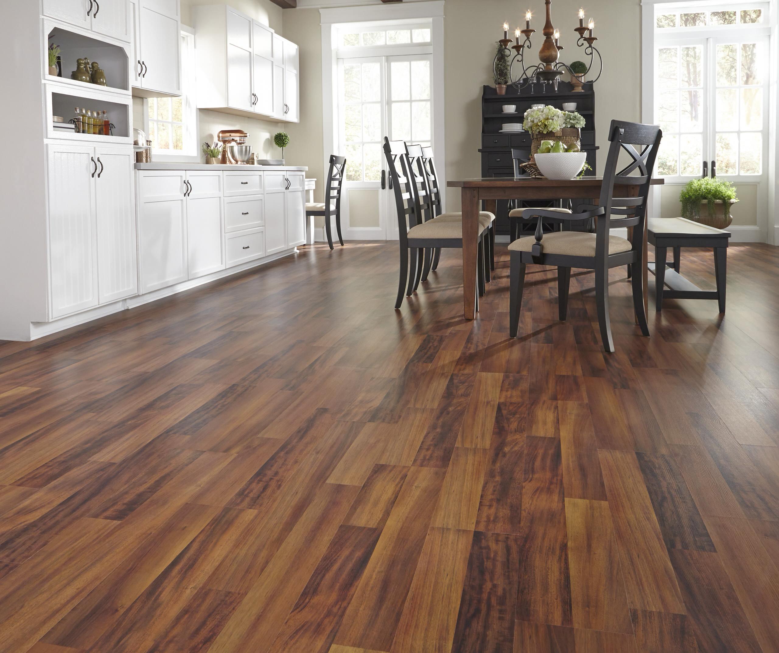 Charisma Plus 8mm Pad Bronzed Brazilian, Charisma Plus Laminate Flooring