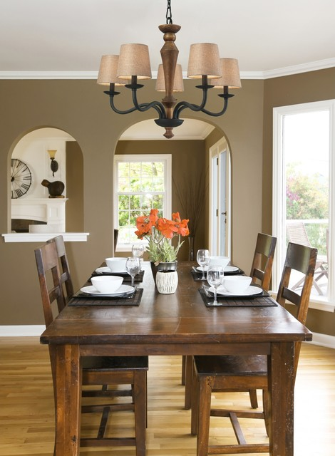 Early American Metal and Wood Chandelier Traditional Dining