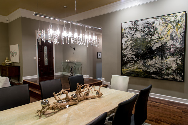 Dining room - contemporary dining room idea in New Orleans