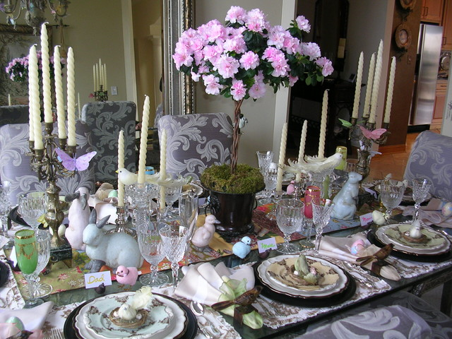 10 Super Eclectic Dining Room Interior Design Ideas: Easter Table