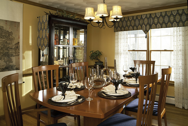 Ecclectic diningroom contemporary dining room boston for Modern dining room window treatments