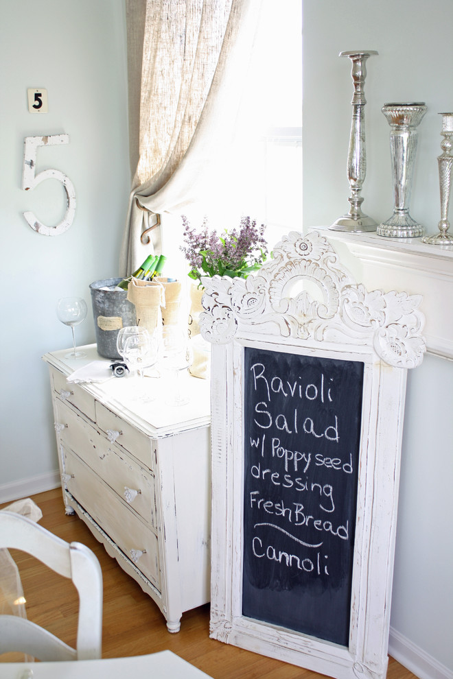Dining room - shabby-chic style dining room idea in Chicago