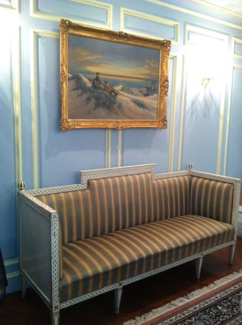Elegant Gustavian Swedish Dinning Room traditional-dining-room