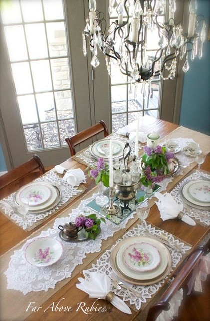Elegant tablescapes traditional-dining-room
