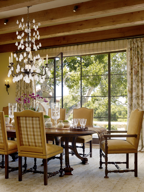 Enchanted Oaks traditional-dining-room