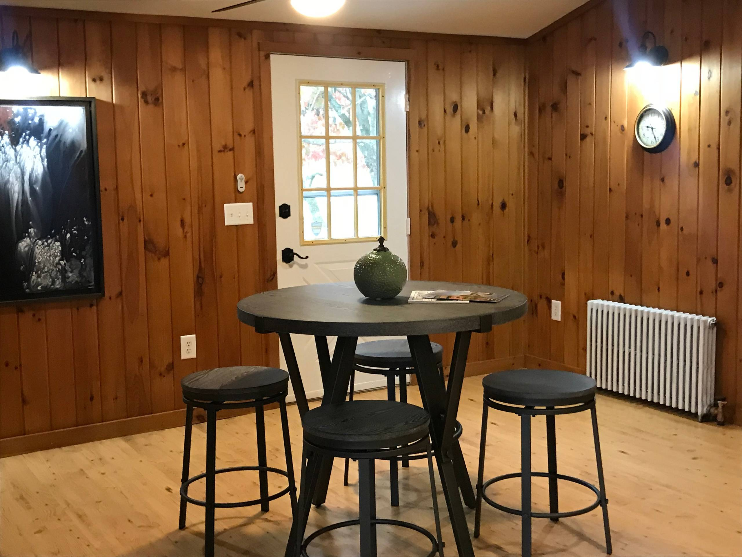 ESOPUS VACANT STAGING