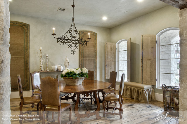 Essence De Provence Country Dining Room