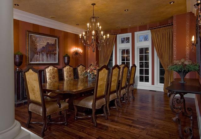 European Villa traditional-dining-room