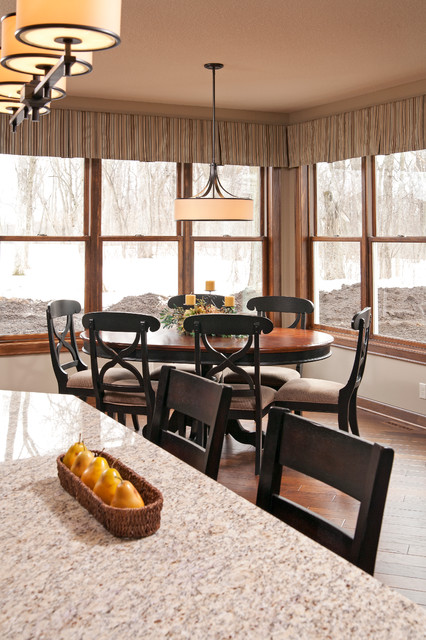 Everwood of Cottage Grove traditional-dining-room