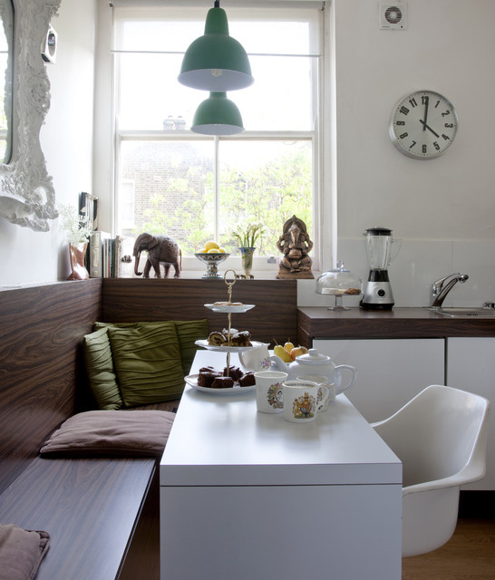 10 Savvy Ways to Style a Small Dining Area