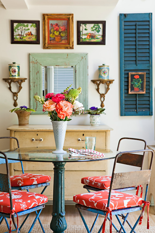Inspiration for a country dining room remodel in Los Angeles