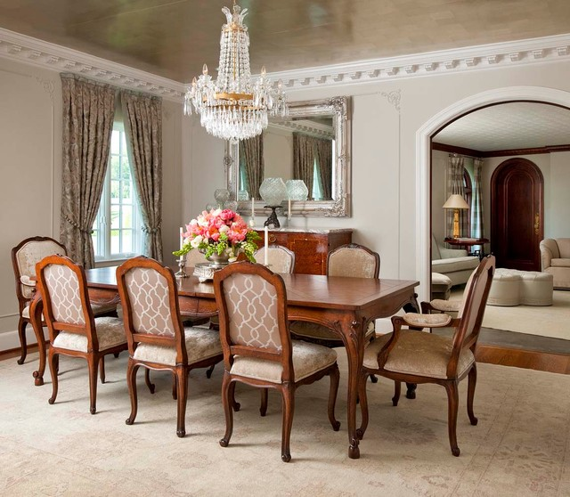Florentine dining room traditional dining room for Traditional dining room design