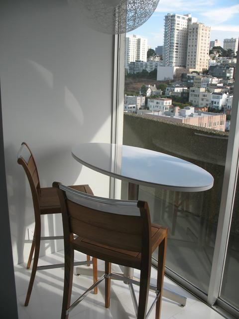 Fontana contemporary-dining-room