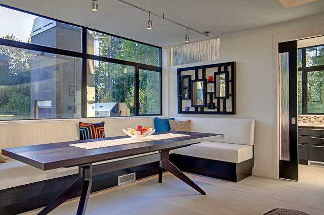 modern dining room by McClellan Architects